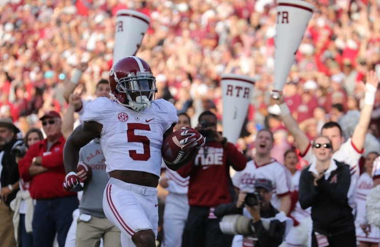 No. 2 Crimson Tide overcomes slow start to gain 31-6 victory over No. 17 Bulldogs (via Crimson Mag)